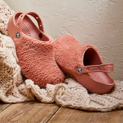 Fuzz Mania Clog in Blush.